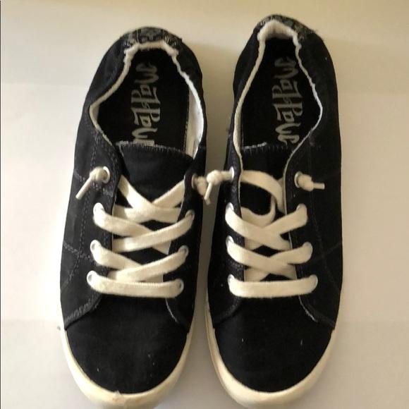 85ce3661488 MadLove black shoes size 8